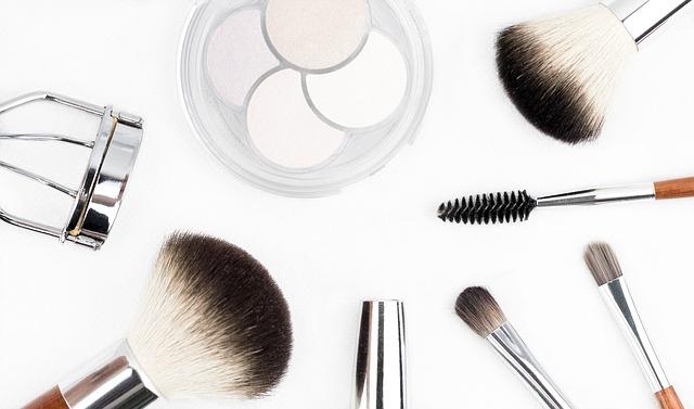 Les facteurs favorisant l'acné